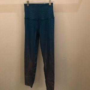 Beyond Yoga blue silver legging, sz s, 71738
